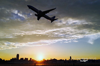 AEP sunset despegue avión (G. Doval)