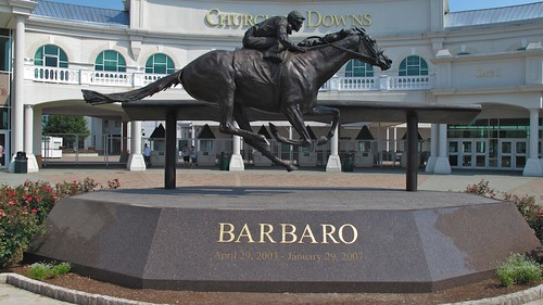 1987 jpeg churchilldowns louisvillekentucky barbaro kentuckyderbymuseum canong10 alexaking barbaromemorialstatue