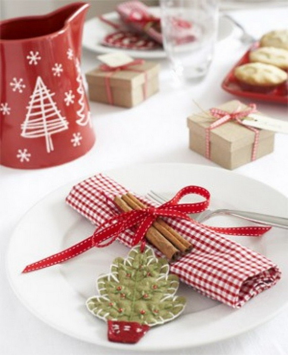 13 A-Festive-Christmas-Table-Decoration-In-Style_035