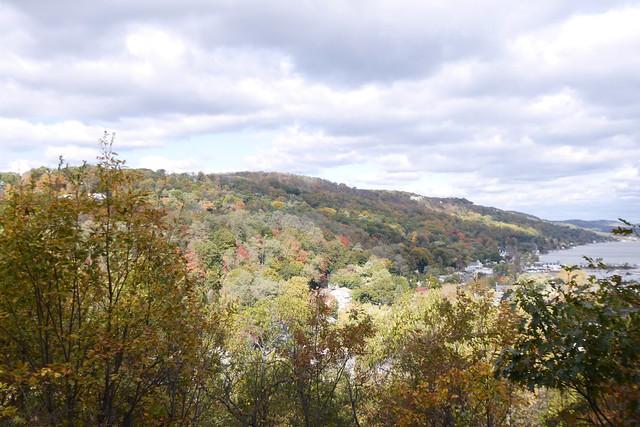 日, 2014-10-26 11:20 - Tillman Mountain State ParkからPiermont方向