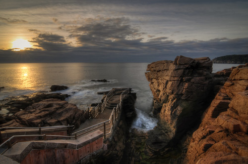 travel vacation seascape sunrise landscape nationalpark nikon unitedstates outdoor maine atlantic tokina hdr acadia mountdesert barharbor mountdesertisland thunderhole d300 landscapephotography photomatix 1116mm