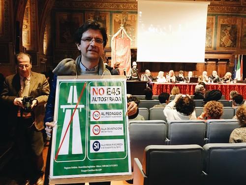 E45 AUTOSTRADA. DOTTORINI: PERUGIA DICA NO A PROGETTO FOLLE CHE LASCERÀ ALL'UMBRIA SOLO DEVASTAZIONE E PEDAGGIO