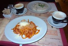 Spaghetti, risotto and cappuccino. Wine Bar Divin…