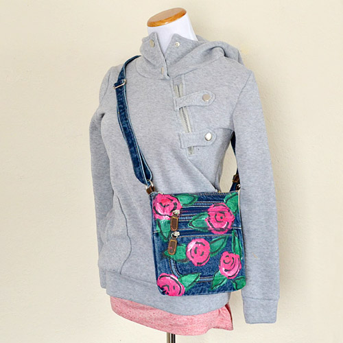 a08-floral-denim-crossbody-dreamalittlebigger