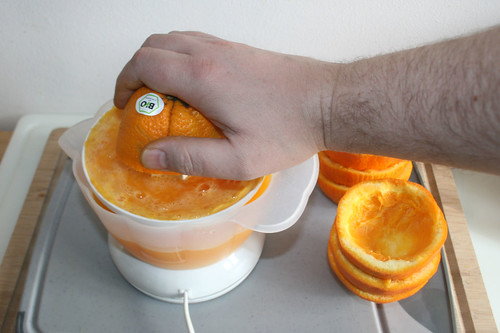 17 - Orangen auspressen / Juice oranges