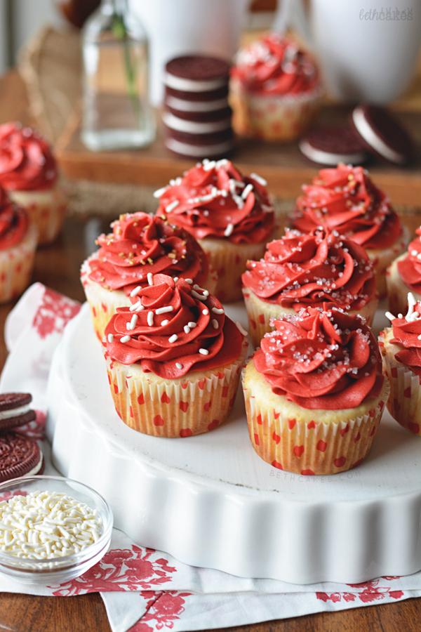 Red Velvet Oreo Cupcakes with Red Velvet Frosting! bethcakes.com