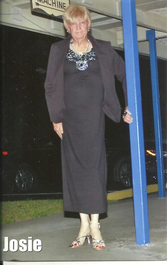 0 Josie @ Capri Lounge Augusta Ga 03142015-7 size 10 - 3.5 inch heel