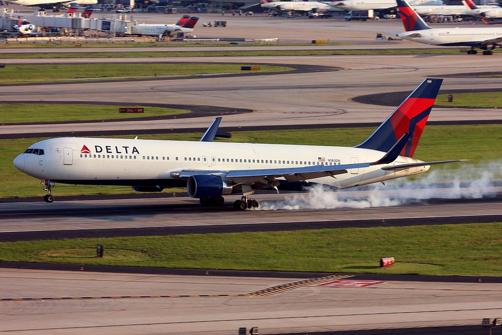 N180DN - Delta Boeing 767-300ER