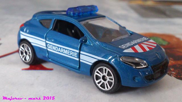 N°222E - Renault Mégane III Coupé 16875605101_2f05e1be82_z