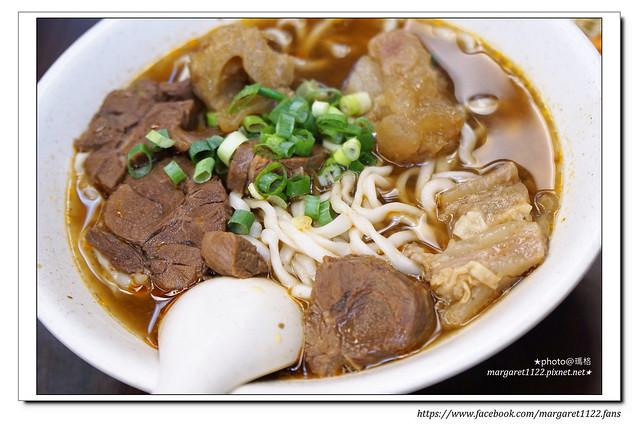 【台北美食】張家清真黃牛麵館+東一排骨