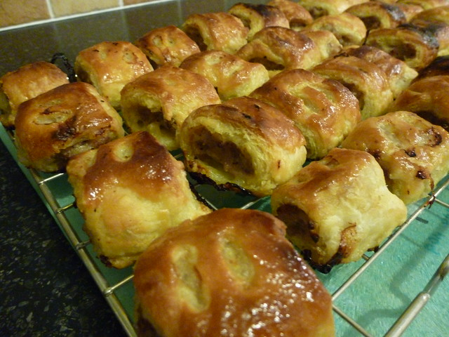 sausage rolls (3)