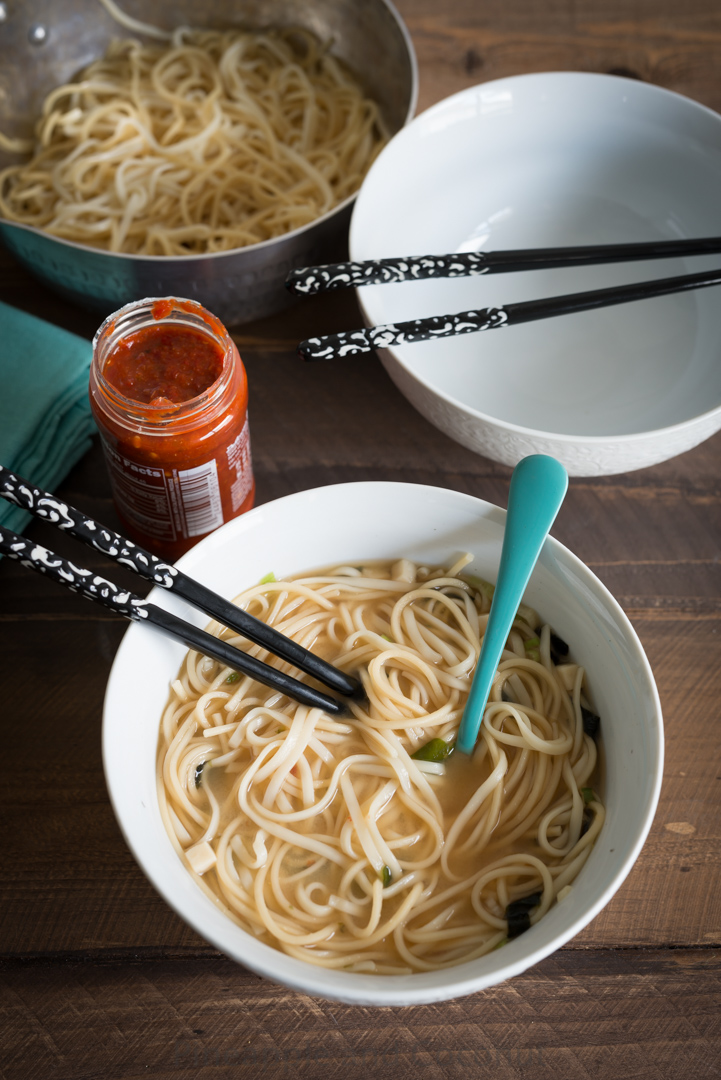 Easy Japanese Miso Noodle Soup www.pineappleandcoconut.com