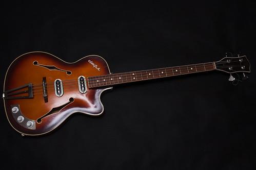 Crappy/weird old guitars - worth sampling? | VI-CONTROL