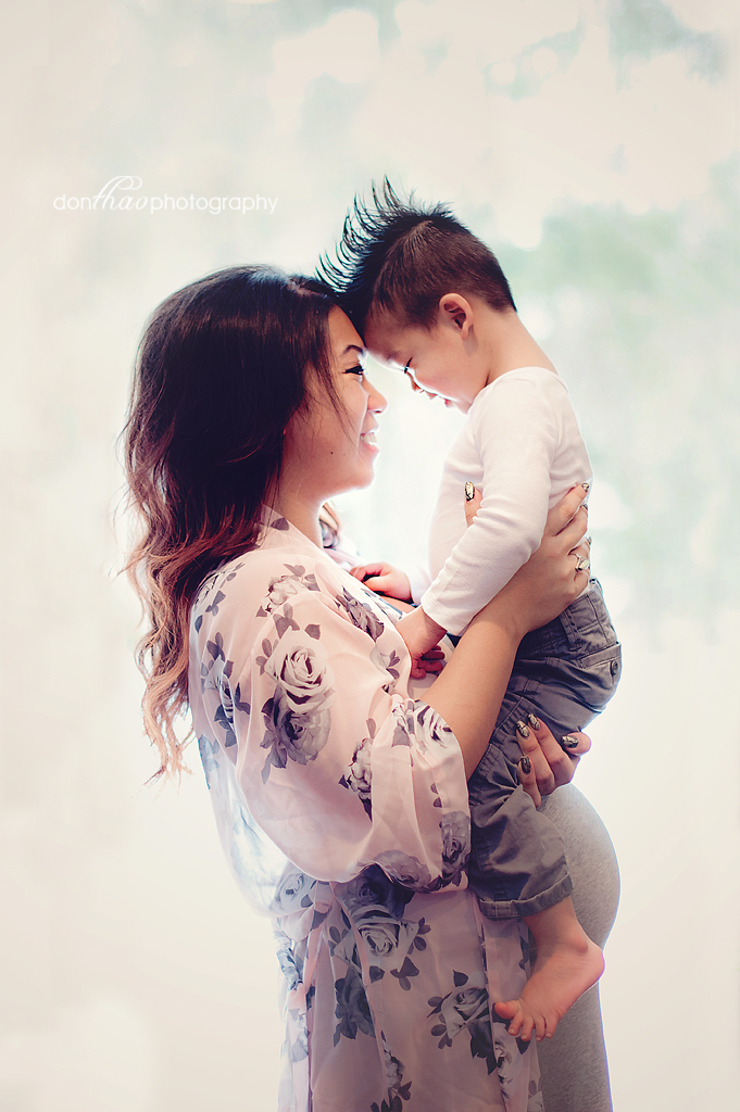 personal 365 - maternity with toddler photography