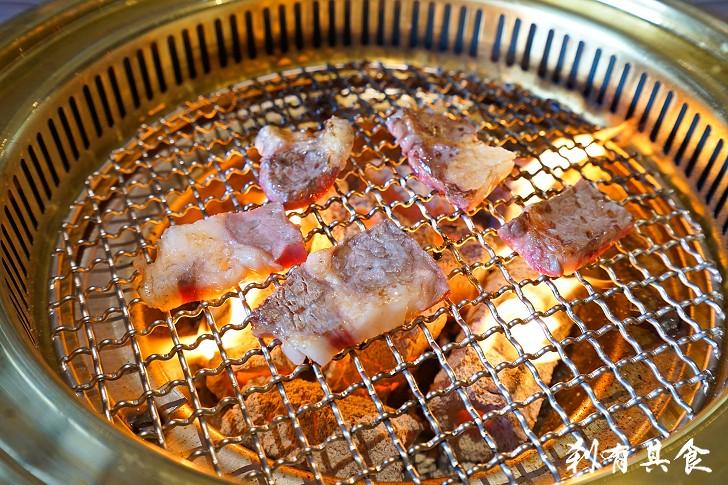 [台中燒肉] ととや(totoya)燒肉市場新開幕@食材魚獲新鮮蜆湯 ...
