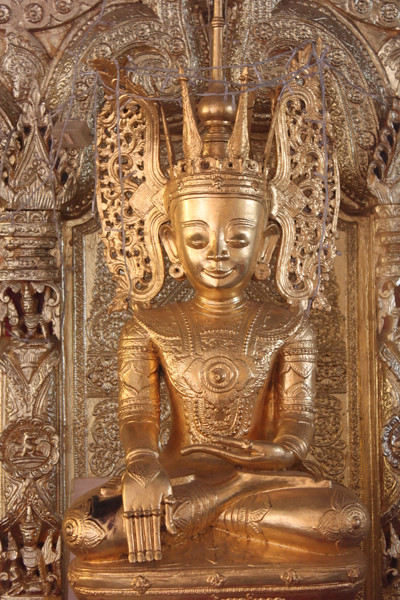 20150203_2462-Shwe-Maw-Daw-pagoda-Buddha_resize