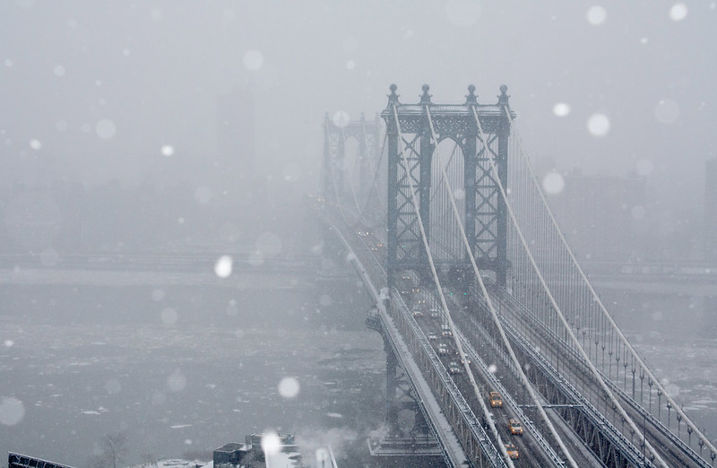 Manhattan Bridge snow 2