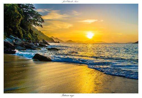 beach nature brasil riodejaneiro sunrise landscape dawn nikon praiavermelha d7000 brasilemimagens