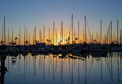 sunset sky reflection silhouette hawaii nikon oahu nikond3200 yabbadabbadoo alawaiyachtharbor d3200 alamoanaarea holomoana