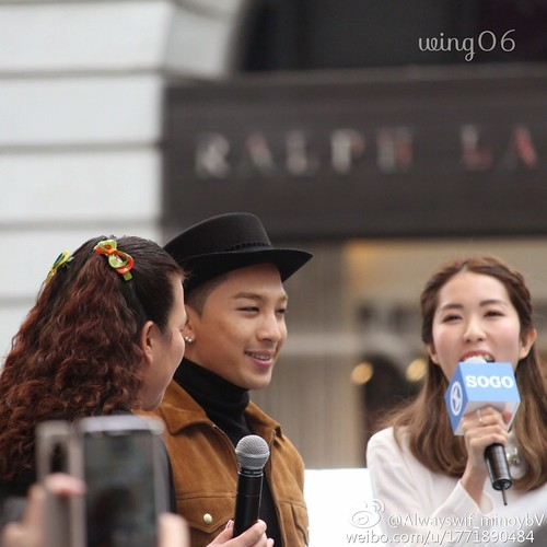 YB-HongKong-SOGO-Fansigning-20141215-a-05
