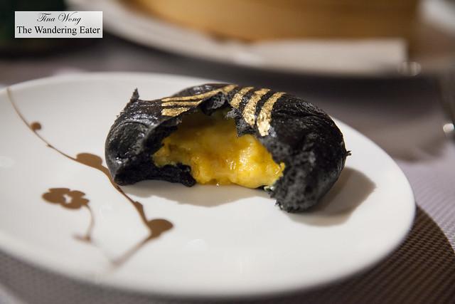 Split open salted Black & Gold custard bun (黃金流沙包)