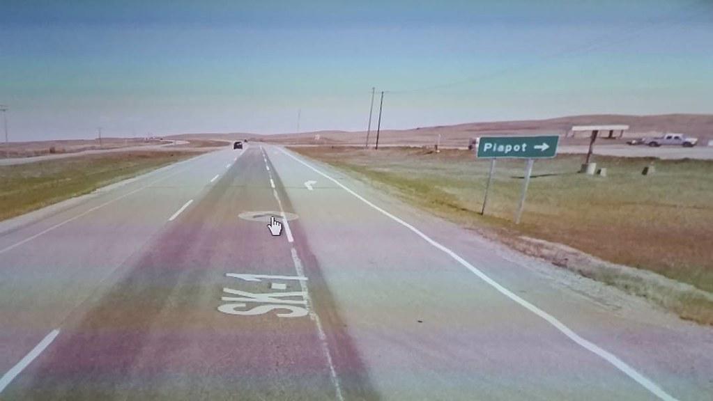 Turn right for Piapot. #ridingthroughwalls #saskatchewan