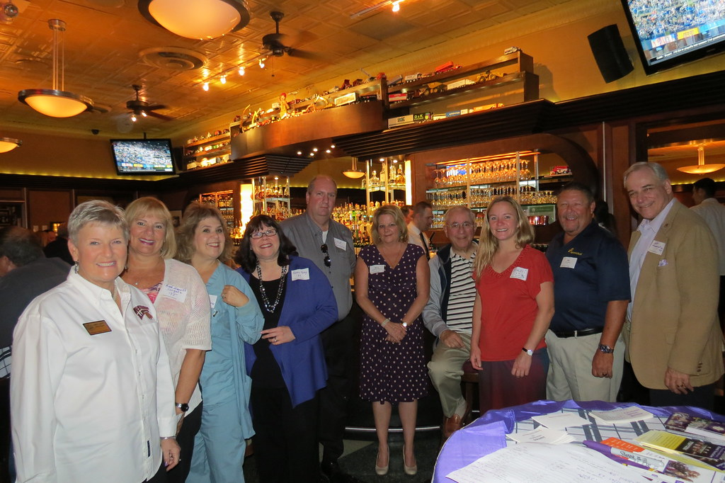 Chicago Western Wednesdays, 10/5/16 at Gibsons Bar & Steakhouse in Oak Brook, IL