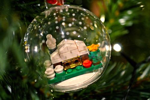 Winter cottage bauble