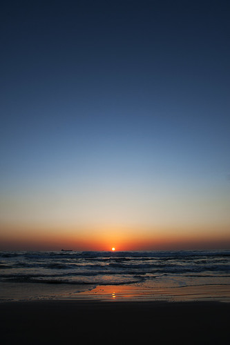 blue sunset sea sky sun reflection water colors reflections israel sand mediterranean mediterraneo tramonto mare colours colore peace blu cielo pace sole acqua colori riflessi caesarea cesarea sabbia riflesso israele thebbp