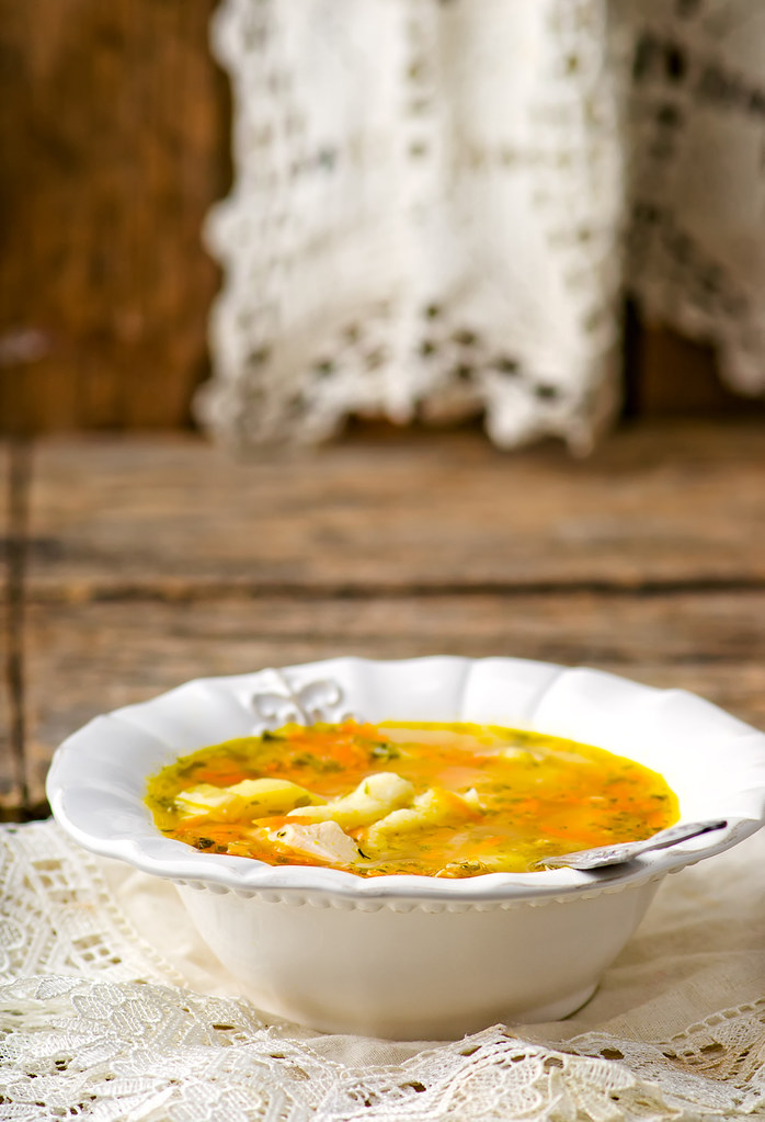 chicken soup with dumpling .