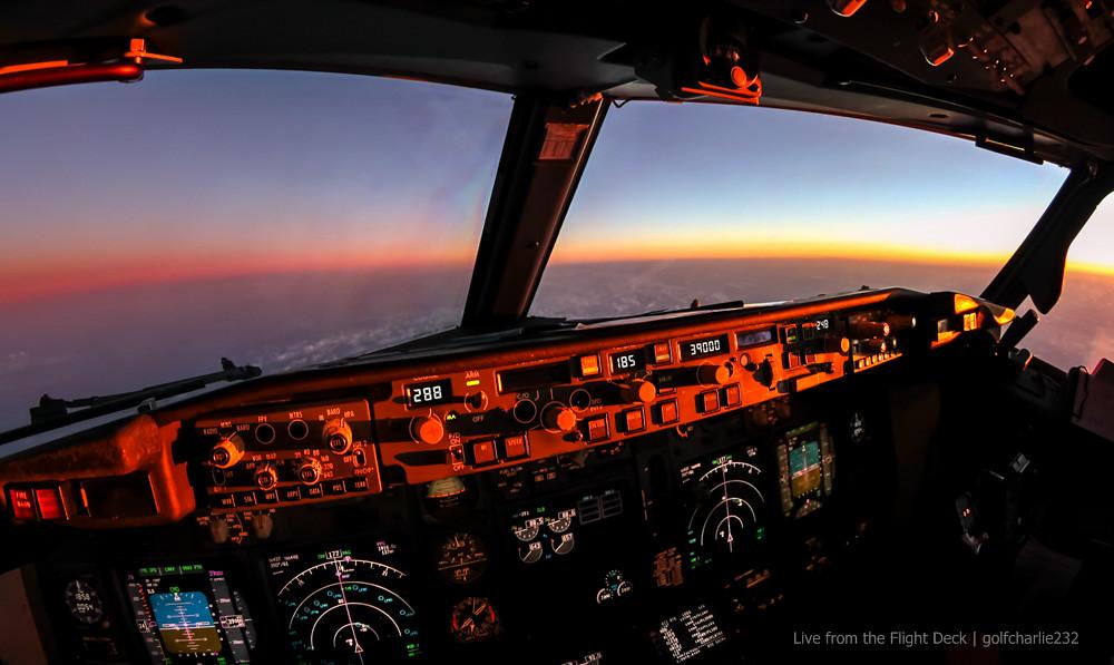 Un rêve devenu réalité : Pilote de ligne - Page 9 16381003822_9b3e7688a7_b