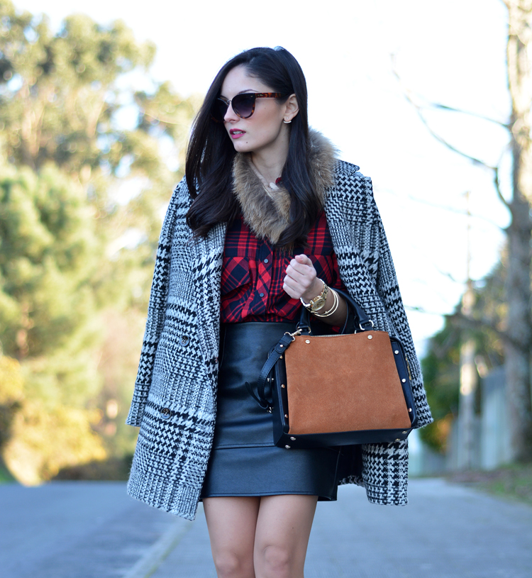 Zara_plaid_ootd_inspiration_outfit_skirt_leather_coat_fur_09