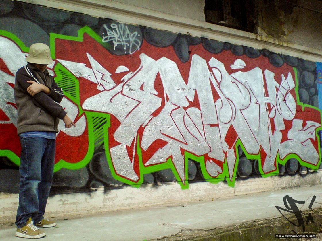 04-20070205-velenta_abandoned_warehouse-oradea-grafformers_ro