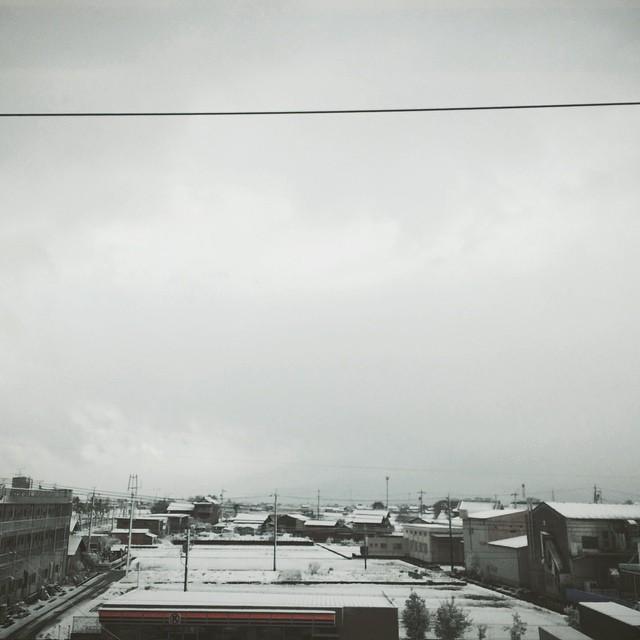雪に覆われる街 #vscocam