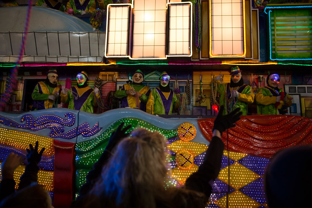 Catching throws at the Krewe of Endymion