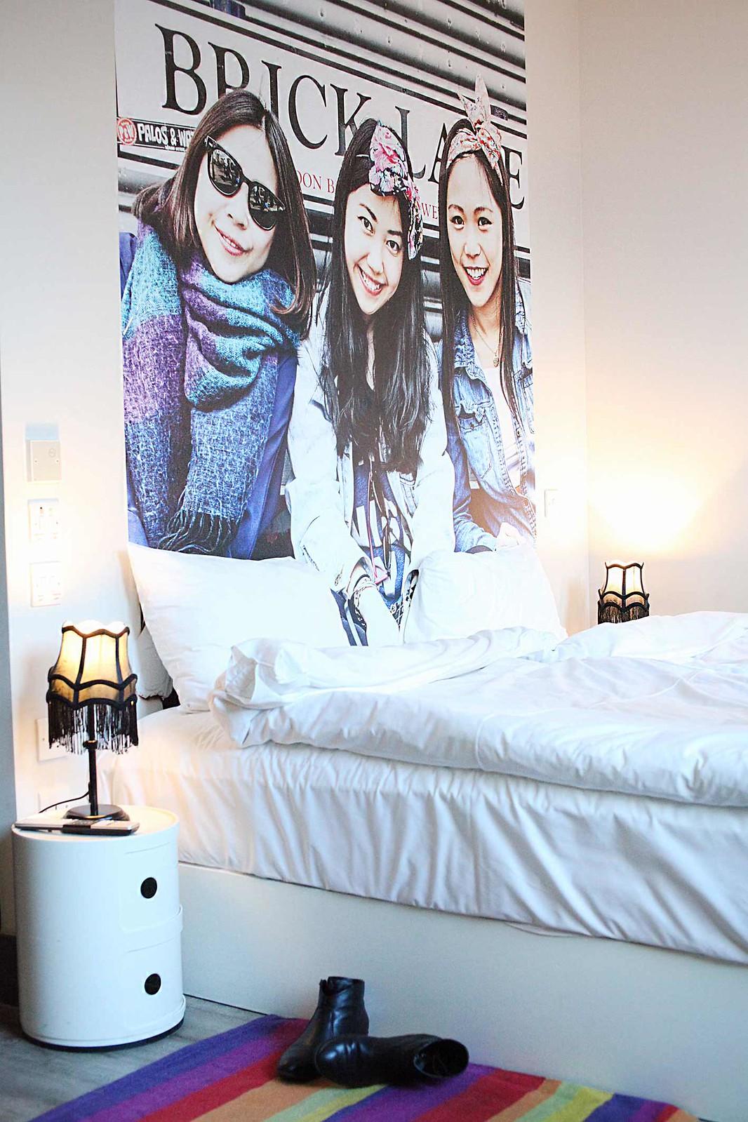 qbic-hotel-london-aldgate-east-twin-room