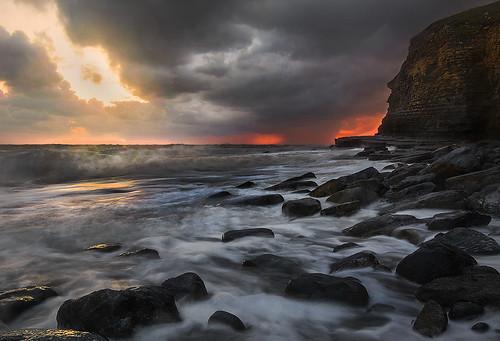 uk greatbritain sunset sea seascape storm wales bay coast nikon rocks waves cloudy south cliffs dunraven midglamorgan d7100