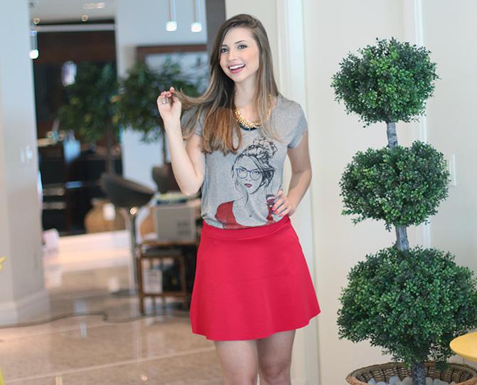 04-look do dia saia vermelha e t-shirt la mandinne blog sempre glamour