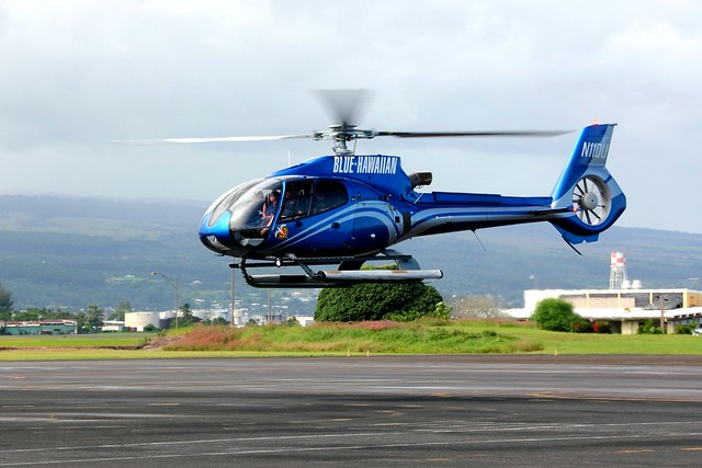 Blue Hawaiian Helicopter Tour - helikopteriajelu