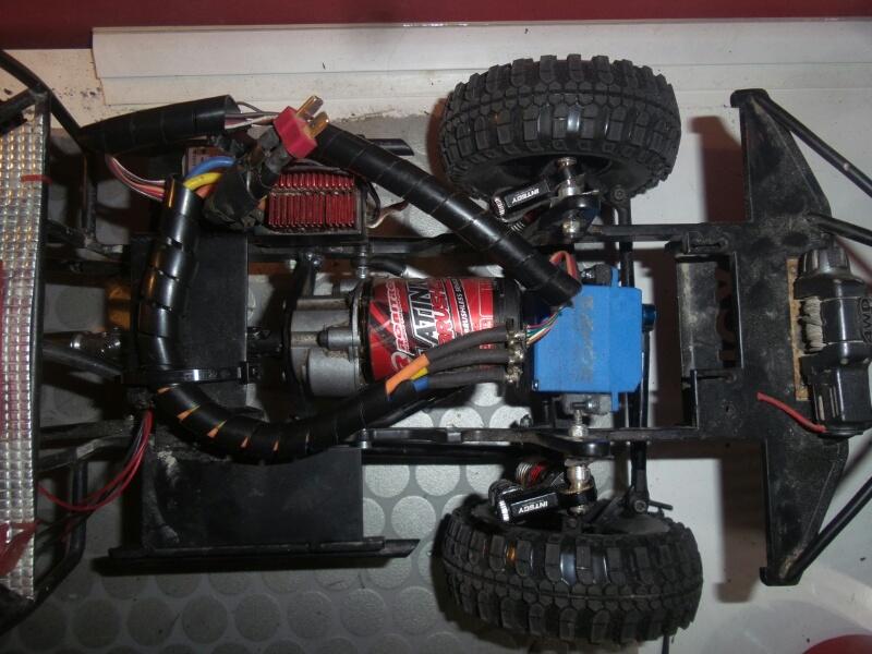 Toyota Hilux TRUGGY RcModelex - Página 8 16085482134_d3526edeed_o