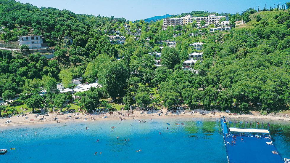03-beach-resort-corfu-daphnila-bay-6446