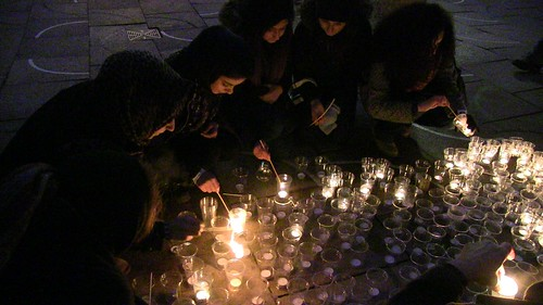 Candlelight Vigil To Remember Deah, Yusor, and Razan