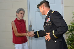 Garrison Commander meets with residents of Port Royal community