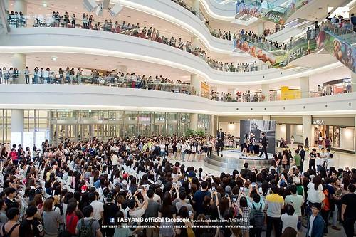Taeyang-HIGHTOUCH-Seoul_20140629 (1)