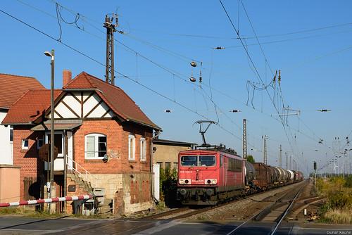 Güterzug am Bahnübergang Stumsdorf