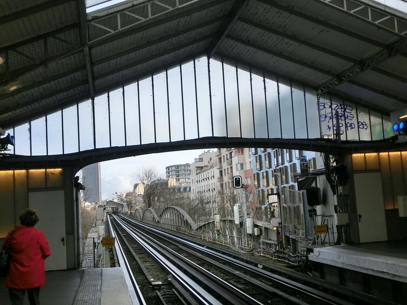PARIS地鐵圖文攻略