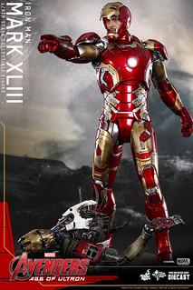 Hot Toys – MMS278D09 – 《復仇者聯盟2:奧創紀元》1/6 比例 鋼鐵人 馬克43