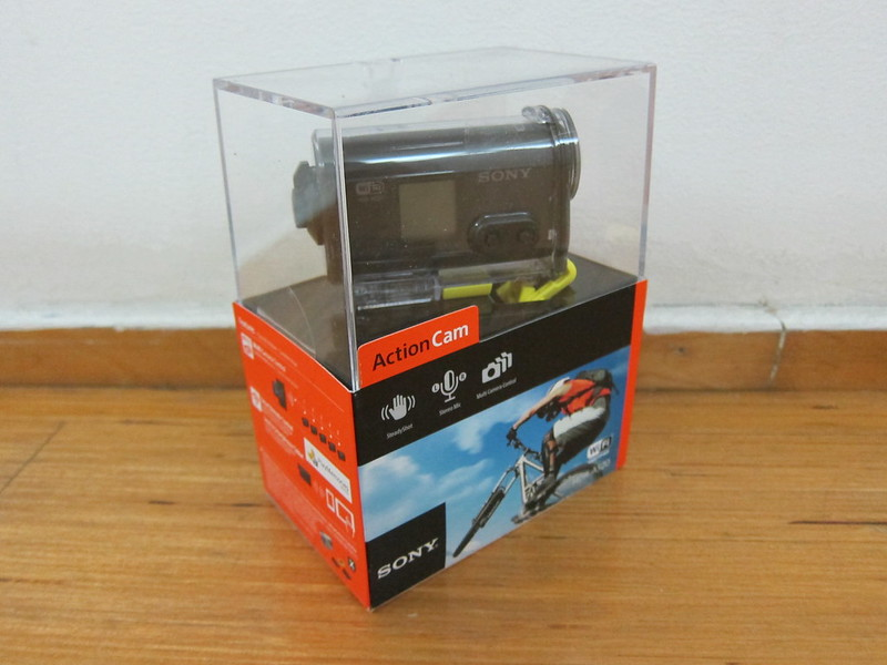 Sony HDRAS20/B Action Video Camera - Box