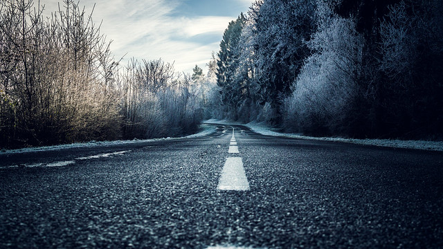 Dark ice Road ...