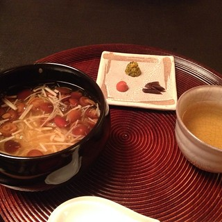 Daigo - mushroom and rice porridge, tea